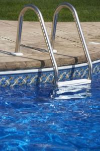 Limpieza de piscinas en Cantabria Limpiezas Lince