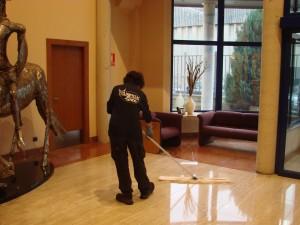 Empresas de limpieza Santander LImpiezas Lince- limpieza de oficinas Cantabria