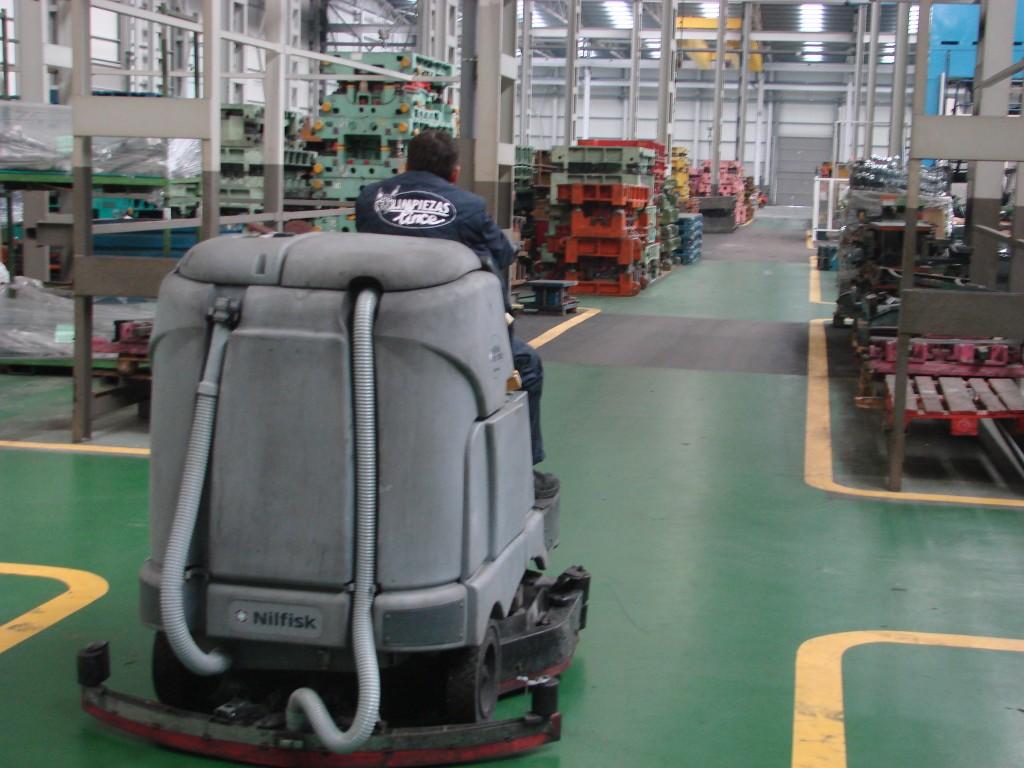 Empresas limpieza de almacenes Santander Limpiezas Lince